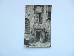 CLERMONT FERRAND  -  63  -  MONTFERRAND  -  Maison Des Mallet  -  Ancien Hôtel Pradal     -  Puy De Dôme - Clermont Ferrand