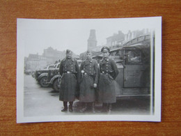 VERVIERS  WW2 GUERRE 39 45 DURANT L OCCUPATION SOLDATS ALLEMANDS VEHICULE GARE SUR LA PLACE EGLISE - Verviers