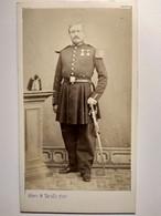 CDV Militaire Empire Napoléon III - Officier Sabre Shako Médailles - Insigne Gendarme Sur Col ? - 1865 - Marseille - War, Military