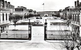CPSM MONTLUCON 03 La Caserne Richemont - Montlucon