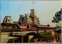 0111204 The Walt Disney World Steam Railroad Red Train The Walt E Disney Brown Back With Florida Flag Not Posted 1972 - Disneyworld