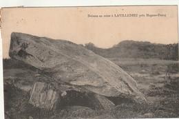 ***  87  ***  Dolmen En Ruine à    LAVILLEDIEU Près Magnac Bourg -- Timbrée TTB - Otros Municipios
