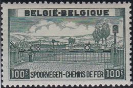 Belgie  .   OBP  .    TR 294    .   *   .    Ongebruikt Met Gom   .   /  .   Neuf Avec Gomme Et Charnière - 1942-1951