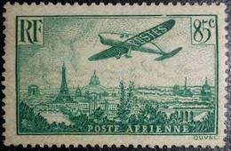 FRANCE Y&T N°8 Poste Aérienne. Variété (voir Filet Du Cadre Supérieur Brisé+++) 85c. Vert Foncé. Neuf* - 1927-1959 Nuevos