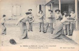 Miribel Les Echelles - Les Jeux à L'Alumnat - La Course Aux Sacs - L'arrivée  - N°39 - Sonstige Gemeinden