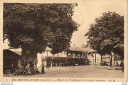 D40  BISCAROSSE  Place De L'Église Et Le Grand Ormeau - Biscarrosse