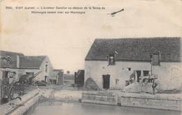 Gidy - L'aviateur Cavelier Au-dessus De La Ferme De Marmogne - Sonstige Gemeinden