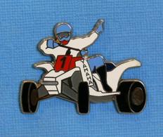 1 PIN'S // ** QUAD YAMAHA YFZ 450 / AVEC PILOTE ** . (Made In France) - Motorfietsen