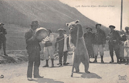 Dans Les Alpes - Montreurs D'ours - Ohne Zuordnung
