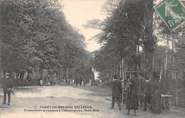 Meudon - Promeneurs Se Rendant à L'Observatoire - Forêt De Meudon Bellevue - Meudon