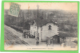 37 LA MEMBROLLE - La Gare - Intérieur - Animée - Other Municipalities