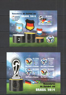 VV927 !!! LAST 2 IN STOCK 2014 S.TOME E PRINCIPE SPORT FOOTBALL WORLD CUP BRAZIL !!GOLD KB+BL MNH - 2014 – Brazilië