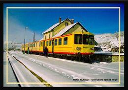 66  FONT  ROMEU  -  Le Train Jaune  Sous La Neige En Station - Andere Gemeenten