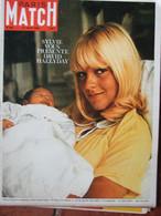 Paris Match N°907 (27 Août 1966) Sylvie Vartan - Prisonniers Du Dru - General Issues