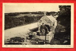 * ARZON - Fontaine De Kerner. Les Jeunes Filles Qui Désirent Se Marier Y Vont En Pèlerinage - 1937 - Arzon