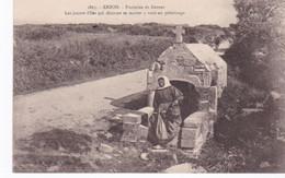 Arzon, La Fontaine De Kerner, Lieu De Pèlerinage Pour Les Jeunes Filles Désirant Se Marier - Arzon
