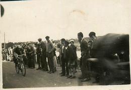 Cyclisme * Course Cycliste * Coureurs * Photo Ancienne - Ciclismo