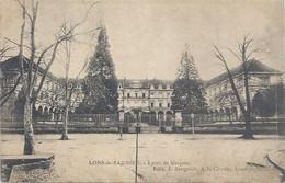 LONS-LE-SAUNIER . LYCEE DE GARCONS. CACHET DU 44 RI DE LONS-LE-SAUNIER AU VERSO . 2 SCANES - Lons Le Saunier