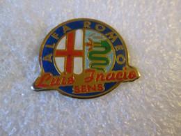 PIN'S    LOGO   ALFA ROMEO   LUIS INACIO  SENS - Alfa Romeo