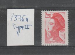 FRANCE / 1985 / Y&T N° 2376a ** : Liberté 2.20F Rouge (de Feuille) Type II X 1 - Ungebraucht