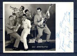 Les Noveltys. Carte Avec Autographe - Singers & Musicians