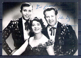 The Degards. Carte Avec Autographe - Singers & Musicians