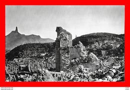 CPA SAINT-PIERRE (Martinique)  Ruines De La Cathédrale Du Mouillage Et Le Cône Du Mont Pelée...S2606 - Other