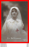 CPA MILITARIA. Le Dévouement. Infirmière De La Croix-rouge...S665 - Patriotic