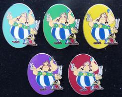 Pin's SUPERBE SERIE COMPLETE DE 5 PINS ASTERIX Mesure 4,5cm - Comics