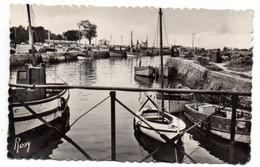 LE CROISIC --1960 -- Le Port Pris De La Passerelle ( Bateaux De Pêche ).....à Saisir - Le Croisic
