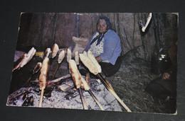 Native Megom, Moose Factory, Ontario - Indiaans (Noord-Amerikaans)