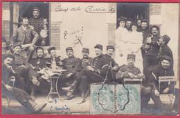 CPA 23 LA COURTINE PHOTO CARTE Militaires à La Terrasse D' Un Café é - La Courtine