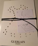 GUERLAIN PUBLICITE PETITE ROBE NOIRE AVEC CORDELETTE + ENVELOPPE - Advertising