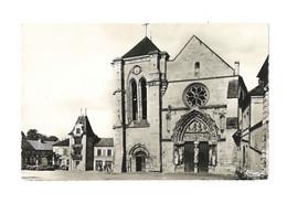 Longpont - La Basilique, La Façade Et Mairie - 113 - Altri Comuni
