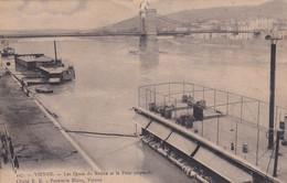 38, Vienne, Les Quais Du Rhône Et Le Pont Suspendu - Vienne