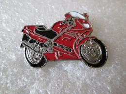 PIN'S    MOTO   HONDA  VFR - Motorfietsen