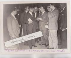 PHOTO - Pierre LAVAL Homme Politique S'entretient Avec Les Journalistes Au Sujet Des Décrets Lorrains - RARE - 1935 à P - Personas Identificadas