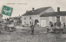 CPA:ROBÉCOURT (88) FEMMES FONTAINE DU CYGNE...ÉCRITE - Other Municipalities