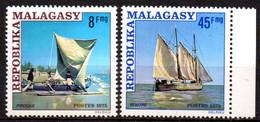 Col19  Madagascar N° 576 & 377 Neuf XX MNH Cote 5,00€ - Madagascar (1960-...)