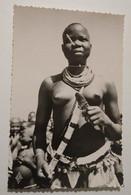 Tchad Region De Fort Archambault Danseuse Sara Femme Seins Nus - Tsjaad