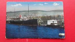 Trieste.Nuovo Molo - Commercio