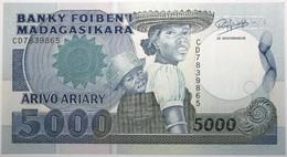 Madagascar - 5000 Francs - 1993 - PICK 73b - NEUF - Madagascar