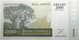 Madagascar - 2000 Ariary - 2003 - PICK 83 - NEUF - Madagascar