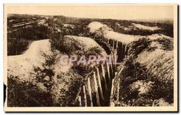 CPA Verdun Boyau Conduisant Au Fort De Douaumont Militaria - Verdun