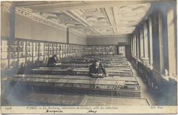 75 PARIS La Sorbonne , Laboratoire De Géologie , Salle Des Collections - Enseignement, Ecoles Et Universités