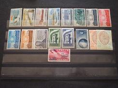 ITALIA REPUBBLICA - 1956 ANNATA 17 VALORI - NUOVI(++) - 1946-60: Nieuw/plakker