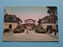 RAMBOUILLET ( S Et O ) Quartier Général Estienne Le Corps De Garde ( Aube ) Anno 1950 ( Voir Photo ) ! - Casernas