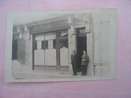 ROANNE - Carte Photo , Devanture BANQUE REGIONALE DU CENTRE. - Roanne