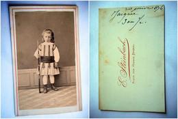 PHOTO CDV 19 EME JEUNE GARCON ENFANT A LA CARABINE  MODE  Cabinet  STEINBACH  A EPINAL - Ancianas (antes De 1900)
