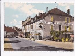 CP 39 SELLIERES L'Hotel Du Chapeau Rouge - Otros Municipios